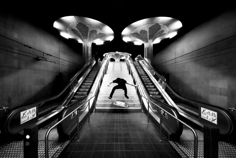 ©Robert Garo Red Bull Illume