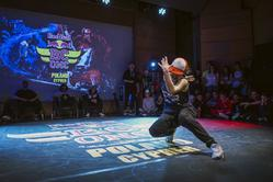 Bgirl Paulina na Red Bull BC One Cypher Poland 2016